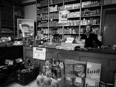 TIENDA DE ULTRAMARINOS. LIKE IN THE OLD GOOD DAYS by toyaguerrero, via Flickr