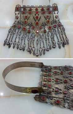 Turkmenistan | Necklace ~ touk ~ silver, partially gilded, carnelian | ca. early 20th century | 2'150$