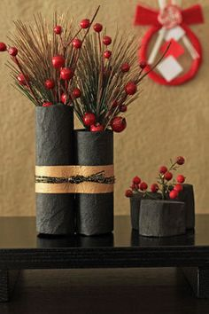 We have a great idea that you can do to decorate a house in celebration of the Chinese New Year. So, we want to share lunar new year decorations ideas Chinese New Year Decorations, Chinese New Year Crafts, New Years Decorations, New Year's Crafts, Diy And Crafts, Flower Vases, Flower Art, Christmas Wreaths, Christmas Crafts
