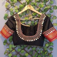 HELLO SUNSHINE!!! ☀️ #yellowdiamond Ring by @pristine_jewelers #luxury #hautejoaillerie #highjewelry #finejewelry #yes #diamonds #girl… Pattu Saree Blouse Designs, Fancy Blouse Designs, Bridal Blouse Designs, Dress Designs, Maggam Work Designs, Stylish Blouse Design, Thing 1, Work Blouse, Sarees
