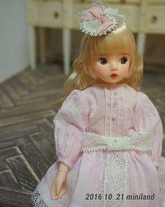브라이스 패턴  No.1  브라이스 옷인데  모델은 ~~~~모네😉  #돌스타그램 #인형옷만들기#키덜트#미니랜드 #모네헤드#링고님자작헤드  #dollstagram#dolls#dolldress#dollphotography#miniland