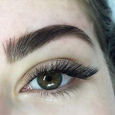 Keeping Your Skin Healthy And Beautiful - Lillian Beauty Store Makeup Brushes, Eye Makeup, Eyelash Extensions Styles, Eyelash Sets, Makeup Brush Cleaner, Puffy Eyes, Natural Lashes, Fake Eyelashes, Makeup Inspo