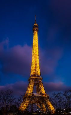 Eiffel Tower at Dusk by Joanne  on 500px