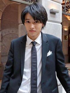 山﨑賢人 Todome no kiss Cute Japanese Boys, Japanese Men, Ken Chan, Kento Yamazaki, Artists And Models, Anime Japan, Good Looking Men, My Crush, K Idols