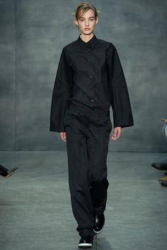 Vera Wang Fall 2015 Ready-to-Wear Collection Photos - Vogue