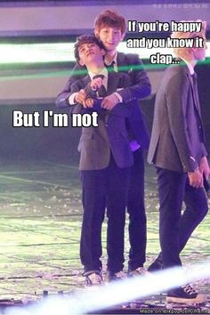 kekeke just clap your hands D.O and be happy like Chanyeol~!! keke mew!! #kpop #exo #chansoo #do #chanyeol