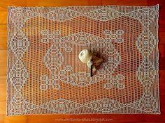 """Carolina Creates Monochromatic Symetry  """"Szydełkowanie"""" nr 3/2012, model 35"""