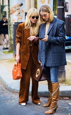 2020 Paris Fashion Week Show The Best Street Style To Inspire Your Fashion Inspiration – ShelbyFashions Street Style, Cool Street Fashion, Paris Fashion, Street Chic, Winter Fashion, Sandro, Fashion Pants, Fashion Outfits, Winter Mode