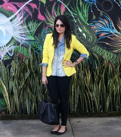 Look: Camisa Jeans e Blazer Amarelo!