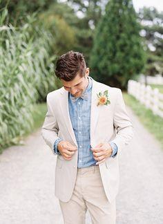 light linen + chambray shirt   Tec Petaja #wedding