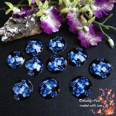 """10 wunderschöne facettierte Cabochon mit Blütenmuster in der Farbe """"Blau"""".  Ein richtiger Hingucker an jeder Kette!!!"""
