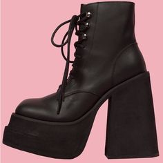 UNIF Brat Boot ($178) ❤ liked on Polyvore featuring shoes, boots, unif shoes, laced shoes, platform lace up shoes, platform shoes and lace-up platform boots