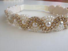 Diy Jewelry Necklace, Handmade Beaded Jewelry, Bead Jewellery, Jewelery, Bead Embroidery Patterns, Hand Embroidery Flowers, Beaded Embroidery, Bead Loom Bracelets, Woven Bracelets