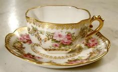 Gold and pink roses tea cup
