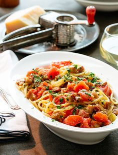 A classic Italian comfort meal elevated with Tuttorosso Diced Tomatoes for a new texture and flavor combination. Healthy Baking, Healthy Recipes, Spaghetti Carbonara Recipe, Italian Dishes, Italian Pasta, Dinner On A Budget, Food Categories, Budget Meals, Pasta Dishes