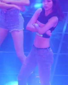 И почему я раньше не замечала ее.  Такая классная. Мина из Твайс #kpop#dorama#kpopstar#twice#Mina#kpopstar6#dance#best#beautiful#exo#bts#snsd#bigbang#Admin_Jiyeon