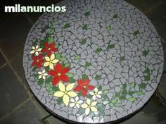 Mosaic Projects, Projects To Try, Mosaic Ideas, Sisal, Tile Design, Mosaic Art, Stepping Stones, App, Ceramics