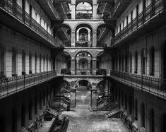 Titkos udvarok – Hypeandhyper Budapest, Louvre, Marvel, Building, Buildings, Construction