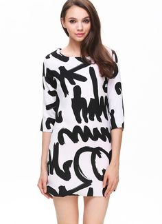 White Half Sleeve Letters Print Straight Dress