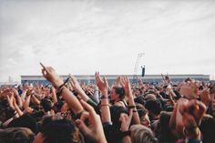 I want to go to a music festival so bad