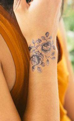 19 meilleures images du tableau tatouages poignet mini. Black Bedroom Furniture Sets. Home Design Ideas