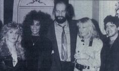 Stevie   ~ ☆♥❤♥☆ ~     Whitney Houston, Mick Fleetwood, Christine McVie and Billy Burnette, backstage at a charity concert