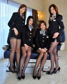 Sexy Japanese Cabin Attendants Costume ~ World stewardess Crews Asian Woman, Asian Girl, Mode Pin Up, Tight Pencil Skirt, Tight Skirts, Mini Skirts, Flight Girls, Pantyhosed Legs, Japanese Sexy