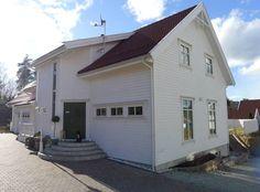 fasade hvitt hus