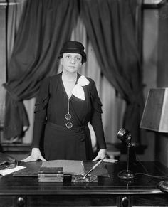 Attractive On March 1911 Frances Perkins Arrived At The Base Of The Triangle  Shirtwaist Factory Just As The First Women Begin Jumping To Their Deaths To  Escape.