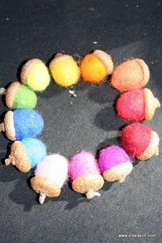 How to needle felt acorns - great tutorial