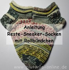 Knitting Patterns Socks Instructions for leftover sneaker socks with rolled edge with pictures Patterned Socks, Knitting Socks, Knit Crochet, Knitting Patterns, Sneakers, Blog, Handmade, Bonsai, Mittens