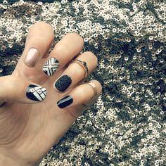 http://decoraciondeunas.com.mx/post/103201249512/golden-black-ethnicnail-nails-nailstime | #moda, #fashion, #nails, #like, #uñas, #trend, #style, #nice, #chic, #girls, #nailart, #inspiration, #art, #pretty, #cute, uñas decoradas, estilos de uñas, uñas de gel, uñas postizas, #gelish, #barniz, esmalte para uñas, modelos de uñas, uñas decoradas, decoracion de uñas, uñas pintadas, barniz para uñas, manicure, #glitter, gel nails, fashion nails, beautiful nails, #stylish, nail styles