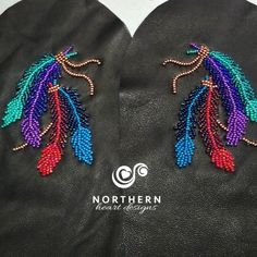 Four feathers tied Native Beading Patterns, Beadwork Designs, Native Beadwork, Native American Beadwork, Bead Patterns, Beading Ideas, Beading Projects, Painted Feathers, Jingle Dress