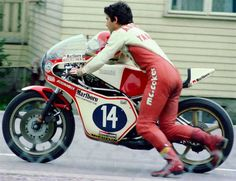 Giacomo Agostini Yamaha 350cc (1977)