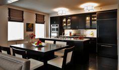 Кухня-студия с мебелью цвета венге