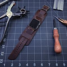 Chromexcel leather Apple Watch band from Horween Leather Company Stylish Watches, Cool Watches, Watches For Men, Luxury Watches, Apple Watch Cuff, Apple Watch Bands, Rinder Steak, Apple Watch Accessories, Leather Bags Handmade