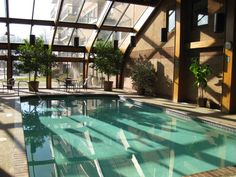 1000 images about indoor pool greenhouse on pinterest for Swimming pool greenhouse