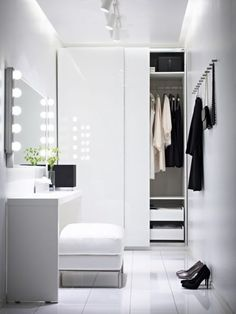 minimalist closet design ideas white furniture walk in closet dressing table Ikea Pax Wardrobe, Wardrobe Closet, Closet Bedroom, Home Bedroom, White Wardrobe, Small Wardrobe, Wardrobe Doors, Closet Space, Closet Doors