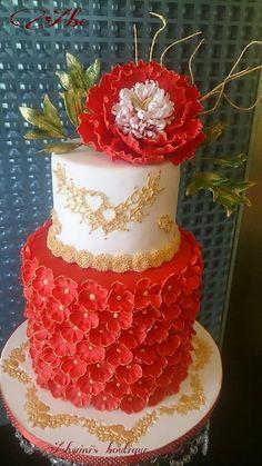 gorgeous cake by ashwini tupe!