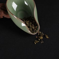Longquan Celadon Tea Accessories Ge kiln Di Kiln Cha He Kung Fu Tea Equipment