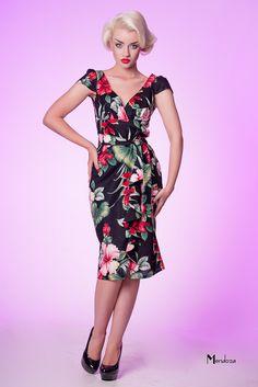 Hawaiian ruffle dress in Hibiscus