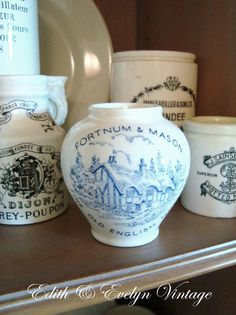 Vintage English Mustard Pot England Blue and White Transferware Antique Crocks, Antique Dishes, Antique Kitchen Decor, Vintage Kitchen, Vintage Shop Display, Vintage Shops, English Recipes, English Country Style, Fortnum And Mason