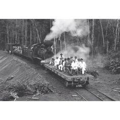 Construção da Estrada de Ferro Madeira-Mamoré, Porto Velho, Rondônia, Brasil. A obra foi inaugurada em 1912.