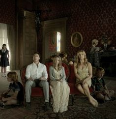 Get Addicted: 10 Suspenseful Series to Start (Binge) Watching on Netflix This Weekend - Encouragement to binge watch TV :)