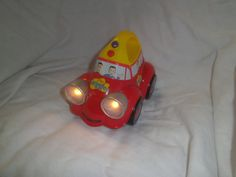 The Wiggles - Big Red Car - Musical flashing lights push along torch