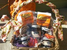 Holiday gift basket w Doves and Figs jams