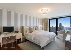 Large 78th Floor Three Bedroom Aqua Tower Unit Seeks $3.9M - New to Market - Curbed Chicago