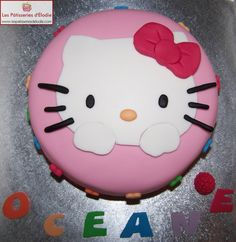 Gâteau Hello Kitty (Rainbow Cake)
