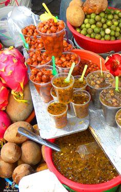 Fruit market, San Miguel de Allende: http://bbqboy.net/changing-mind-san-miguel-de-allende-mexico/