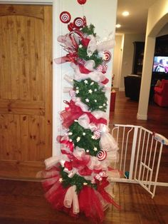 Incredible Deco Mesh Garland And Refurbished Wreath Crafty Pinterest Easy Diy Christmas Decorations Tissureus